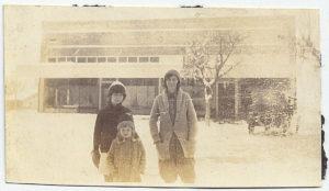 Anna Schiwitz, Caroline and Gladys in 1929.